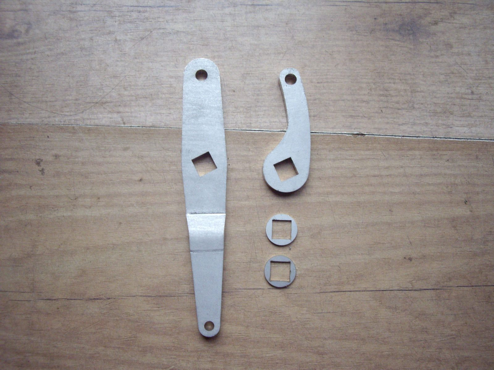 Velocette Twin Leading Shoe Front Brake Arms FB11/8 FB11/9 FB60 (H109 + 9A)