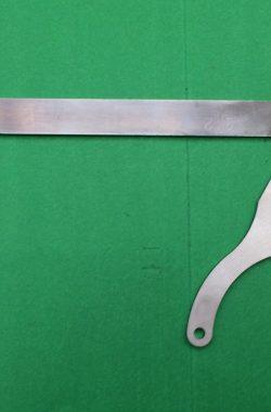 TRIUMPH TR25W HEAD STEADY AND HORN BRACKET F9745 82-9745