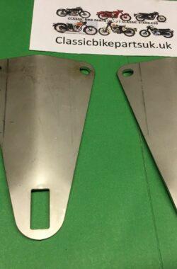 BSA Rocket 3 Mk1 82-8520 Mudguard Brackets 1969-70 (S415)