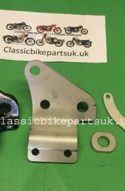 Triumph T160 83-5899 Front Engine Plate Left Hand and Horn Bracket (S371) (H37)
